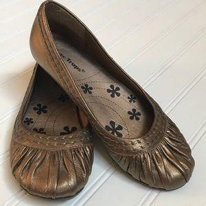 Women's Bare Traps Shoes Size 8